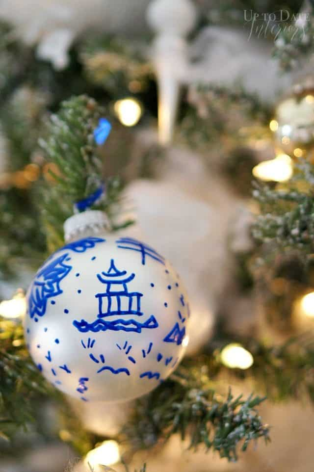 DIY Global ornament that's Chinoiserie inspired