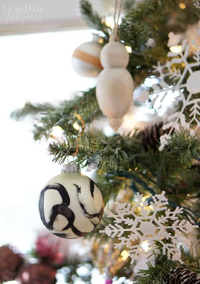 japanese-paint-brush-inspired-ornament