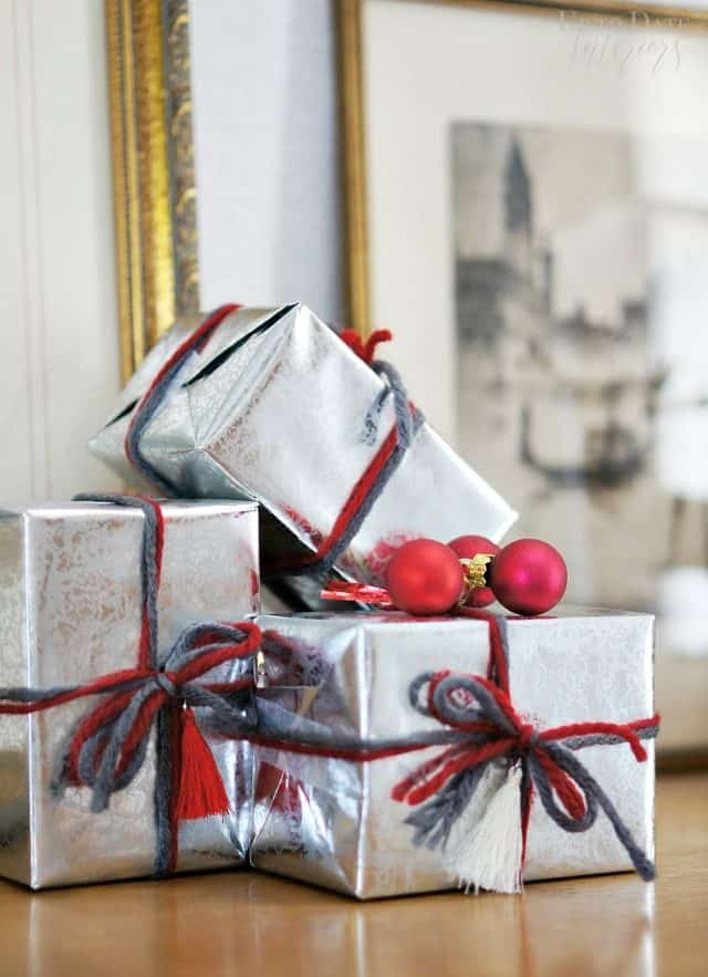 presents-for-christmas-decor