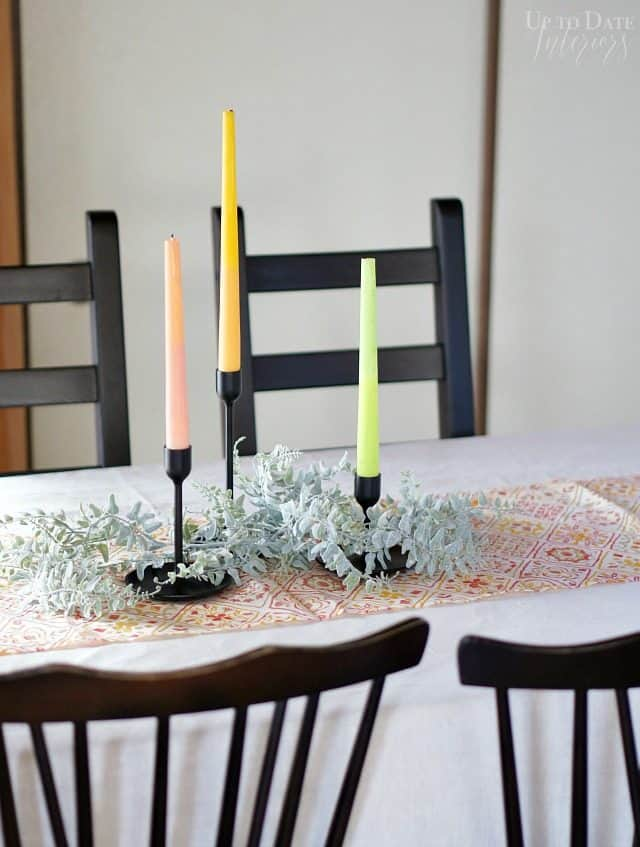 two-toned-candles-christmas-table