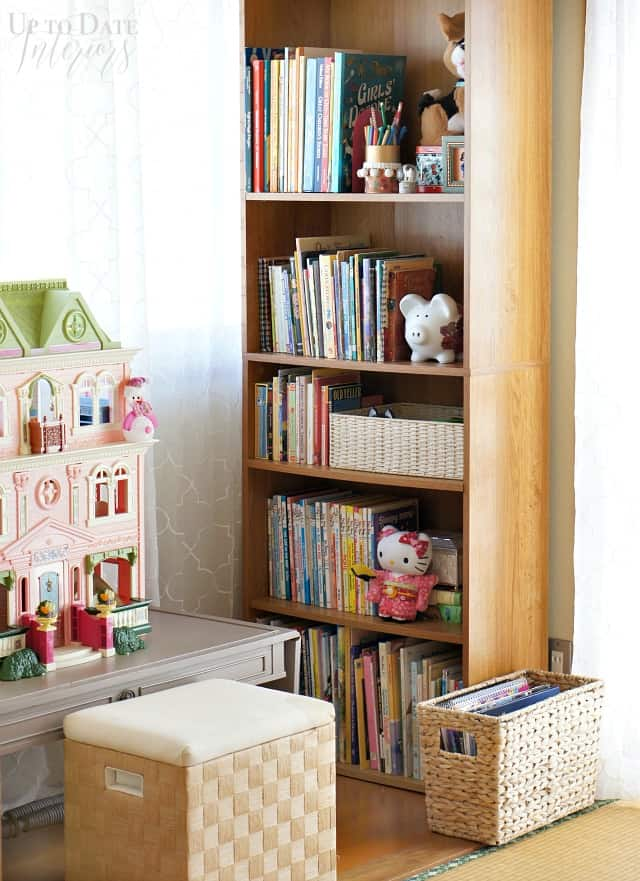 girls-room-bookcase-dollhouse-nook