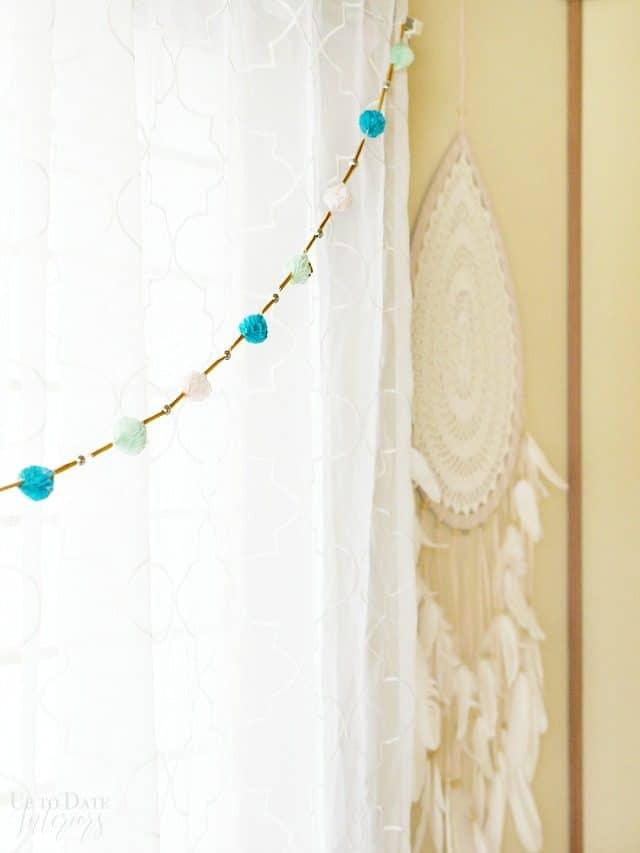 boho-global-girls-room-makeover-window-garland