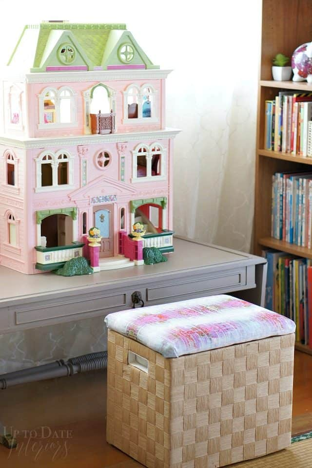 doll-house-corner