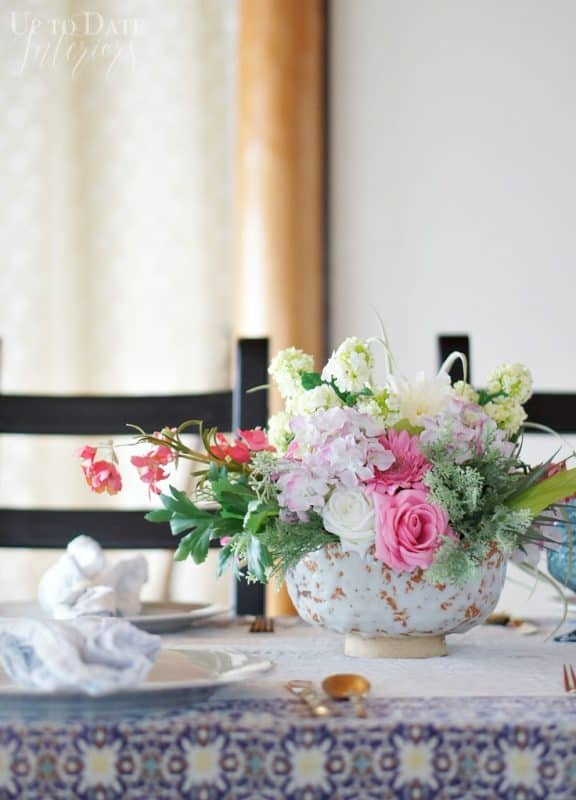 spring-table-flowers