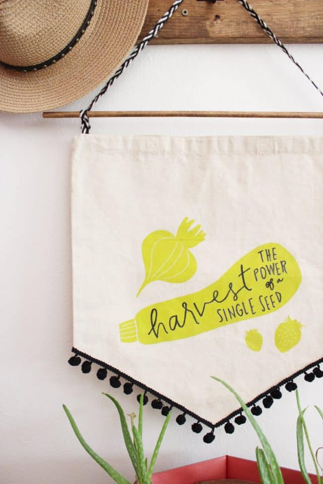 house-homemade-tote-bag-into-spring-banner