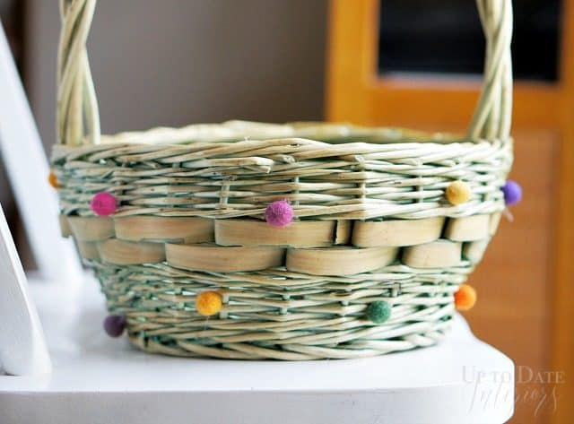 colorful-wool-pom-pom-easter-basket.