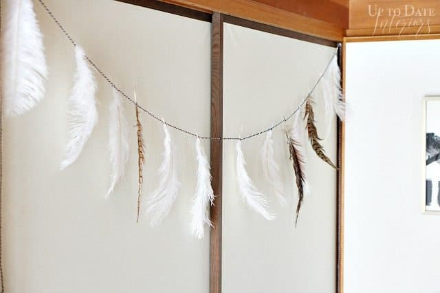 feather-spring-garland-supplies