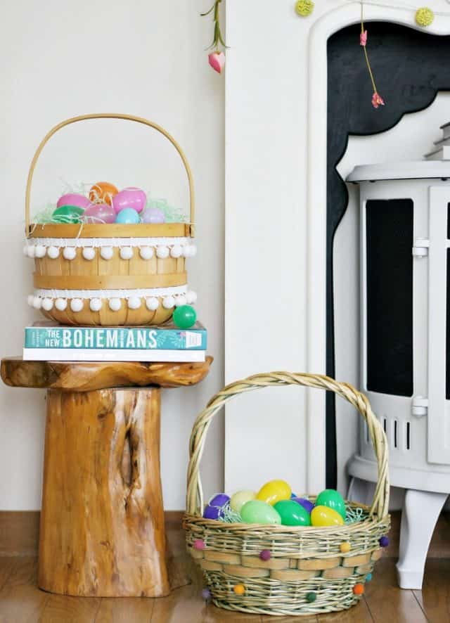 pom-pom-easter-baskets-diy