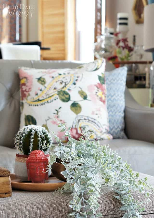 Chic And Simple Spring Home With Easy Decorating Ideas Up