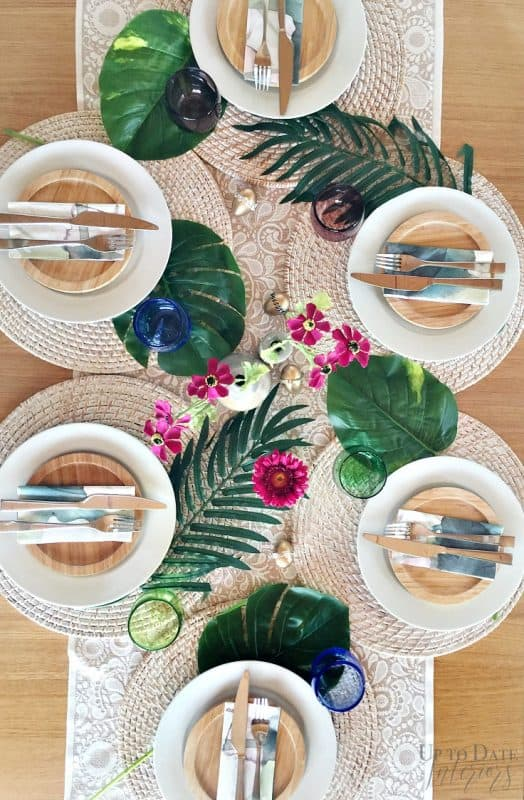 Tropical Global Easter Table