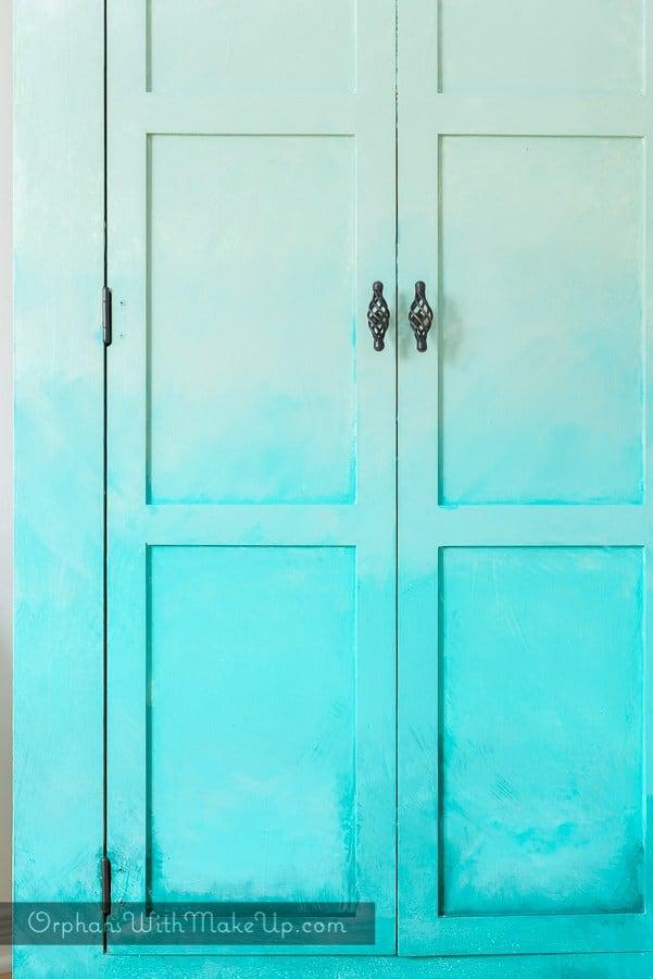 blue-ombre-wardrobe