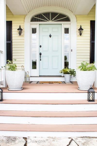 Front Porch Decorating Ideas 3