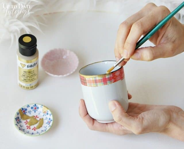 Diy Global Planter With Gold Pink