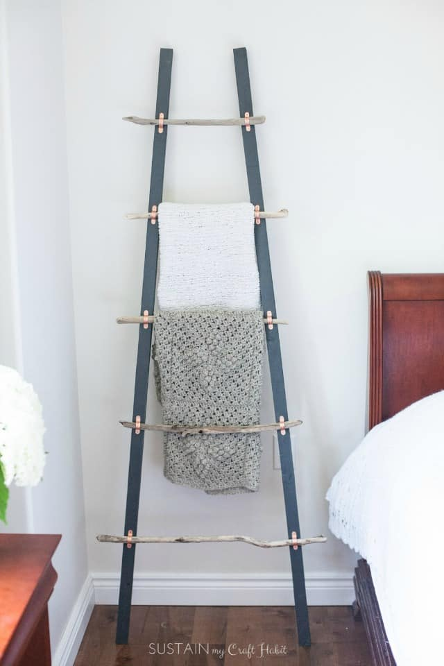 How To Make A Diy Blanket Ladder With Driftwood Pieces And Home Depot Canada 1648
