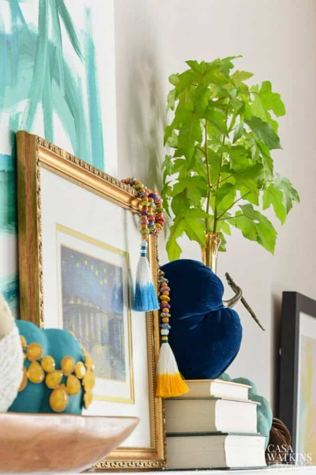 global decorating tips for a fall mantel
