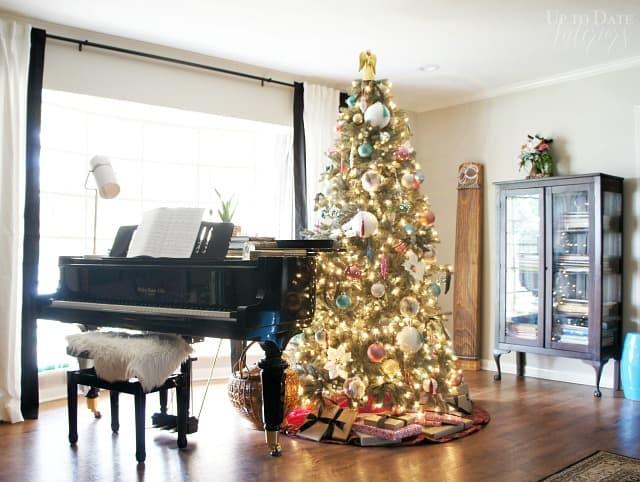 Christmas Tree Piano