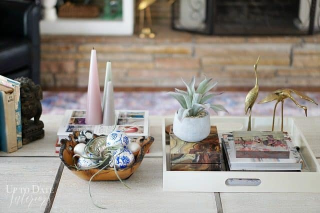 Modern Chic Coffee Table Styling Christmas