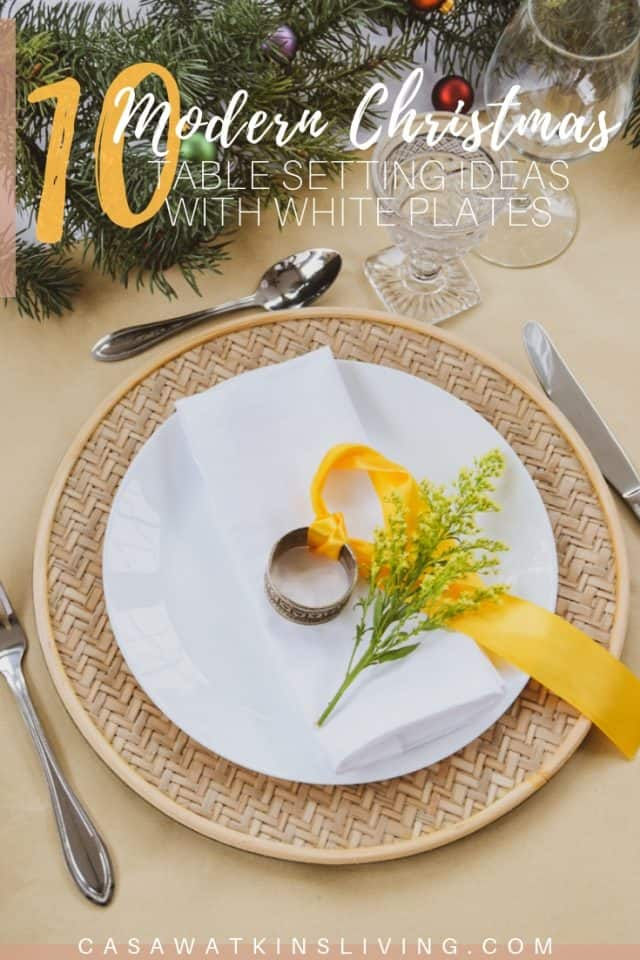 Modern Christmas Table Setting Ideas With White Plates