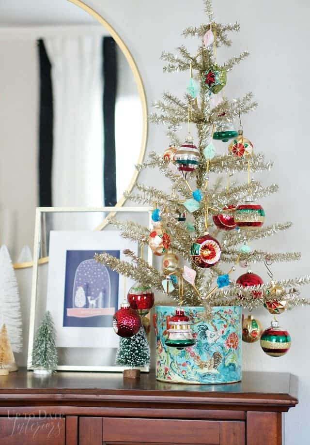 Vintage Christmas Tree Global Holiday Vignette