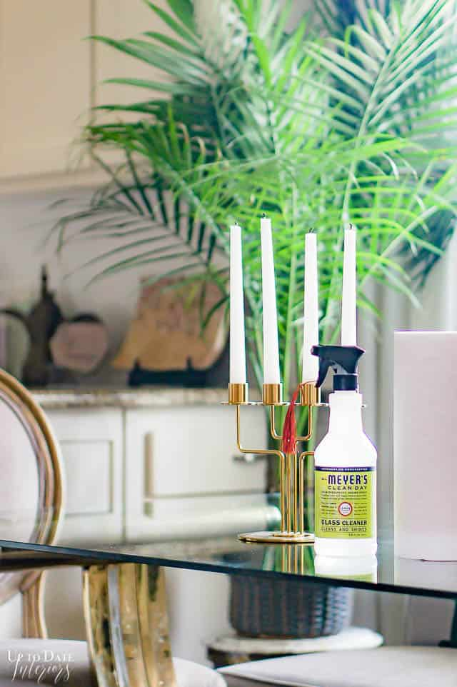 Best eco friendly cleaning products for a glass top dining table.