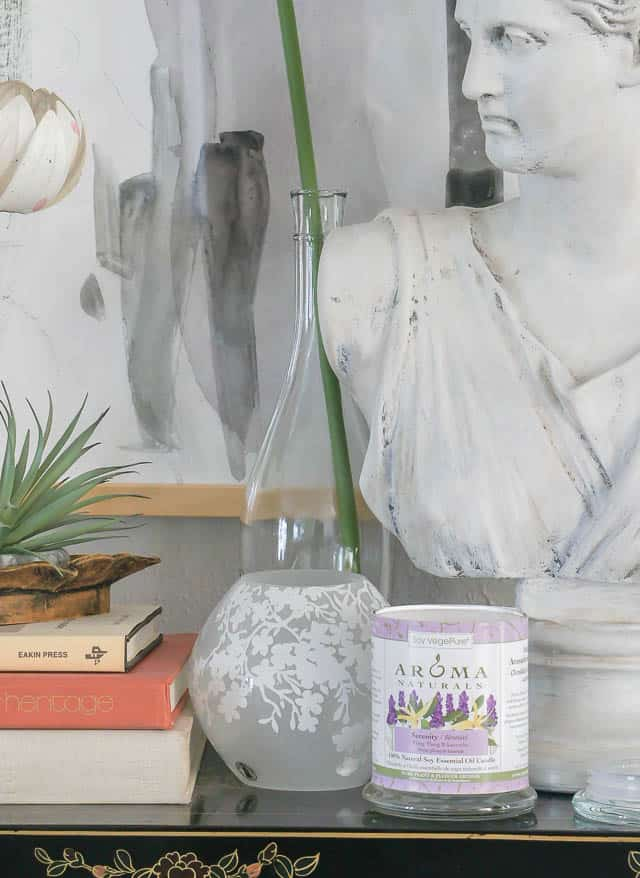 Soy purple Candle In Pretty Vignette