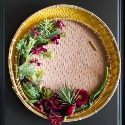 Elegant And Modern Spring Wreath 4