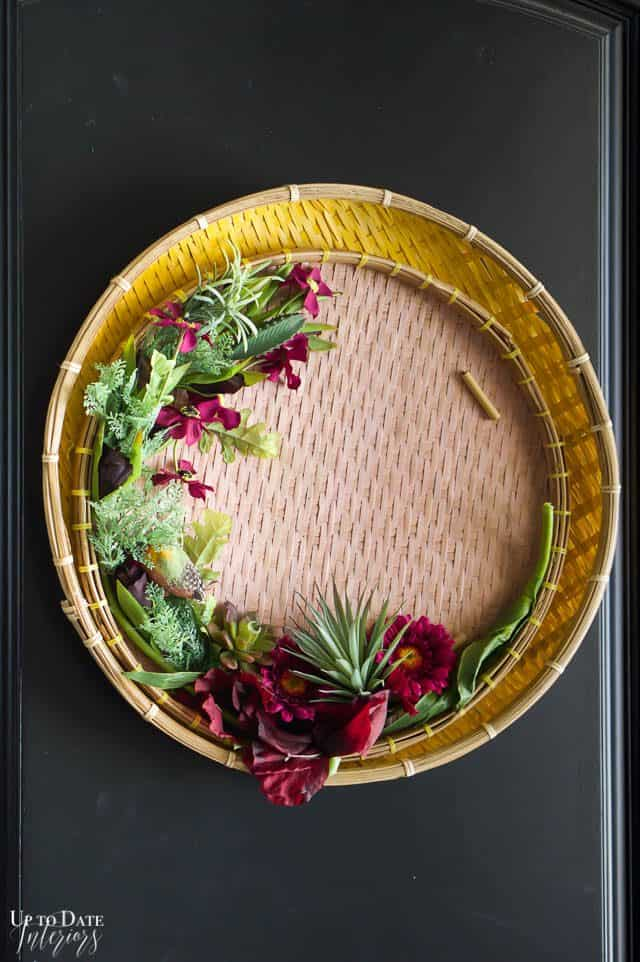 Elegant And Modern Spring Wreath 4