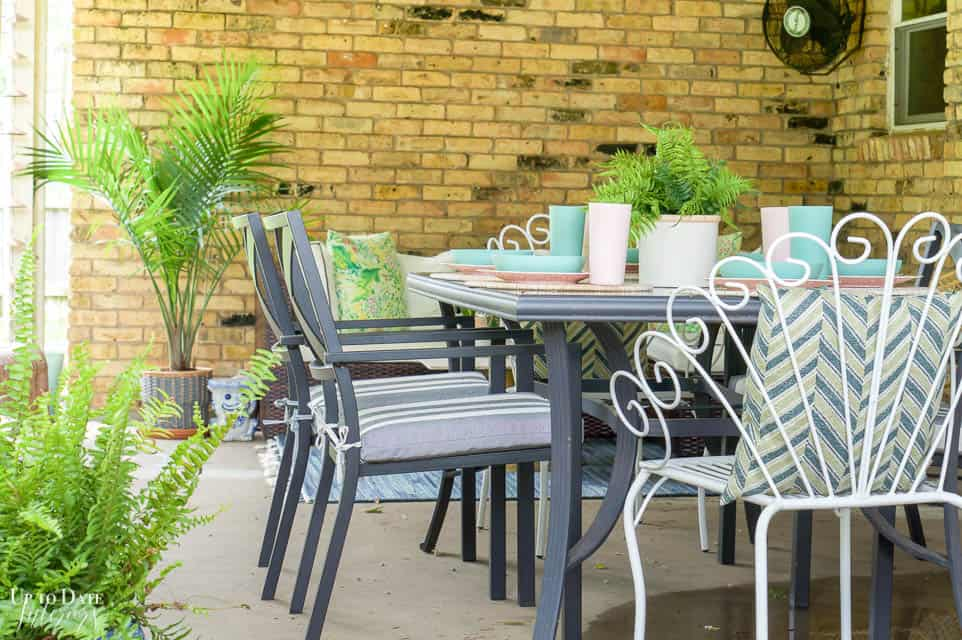 Eclectic Home Summer Tour Patio 12