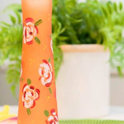 how to paint glass vase with roses