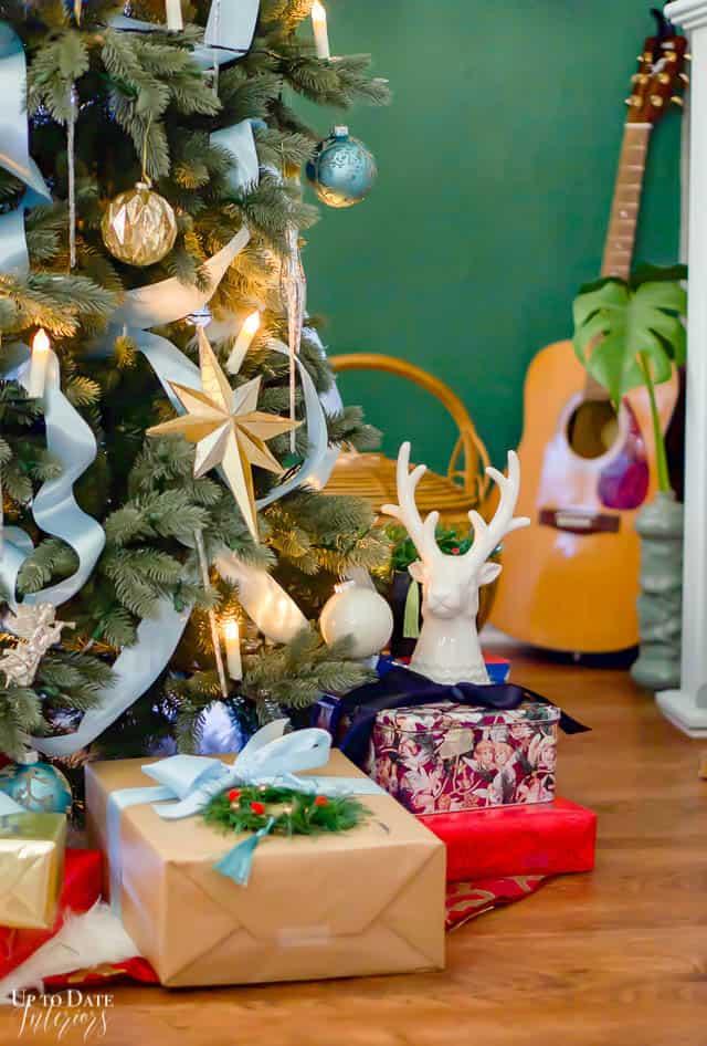 Christmas Home Tour Tree Candle Light Edited 83