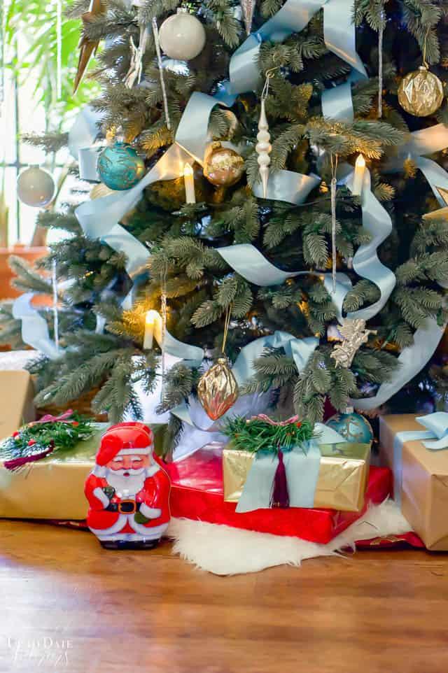 Christmas Home Tour Tree Candle Light Edited 84