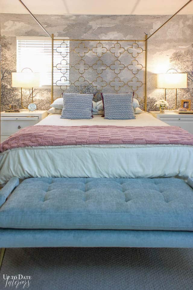 How To Utilize Space In A Small Bedroom Edited 11