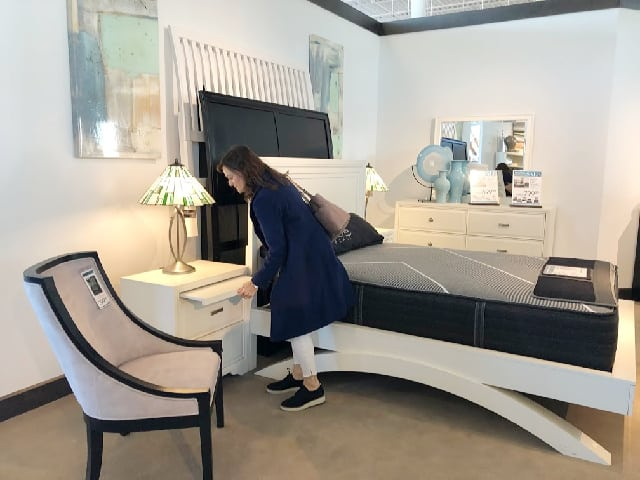 Roomstogo Showroom
