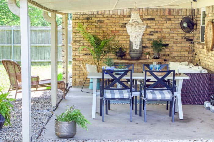 Covered Outdoor Living Spaces 12