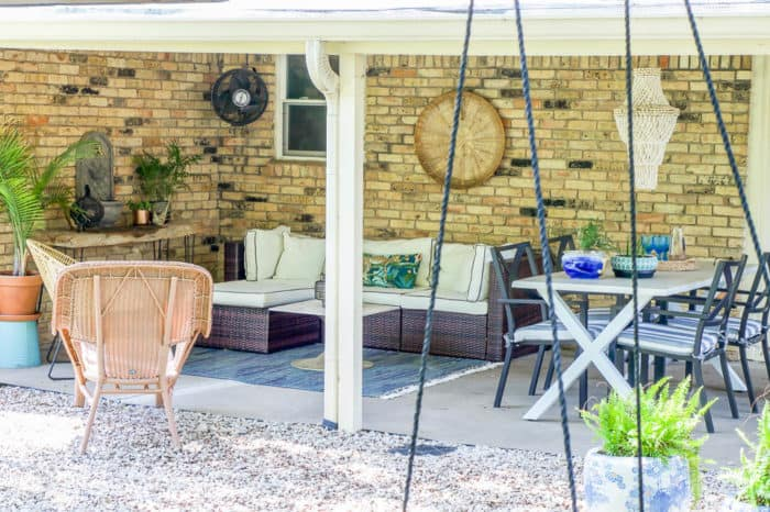 Covered Outdoor Living Spaces 13