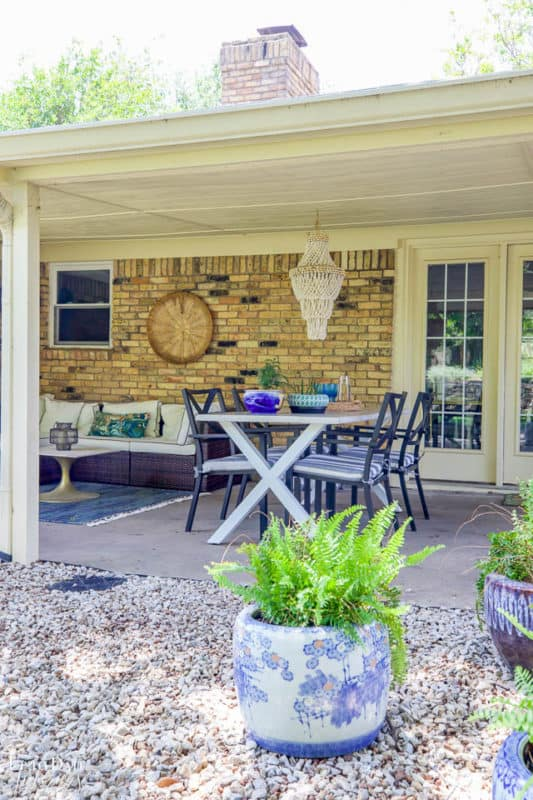 Covered Outdoor Living Spaces 3
