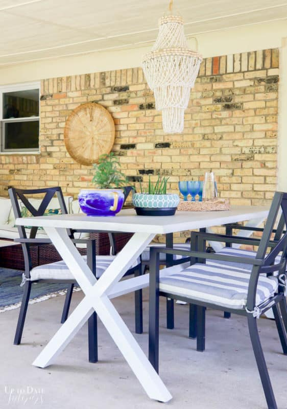 Covered Outdoor Living Spaces 7