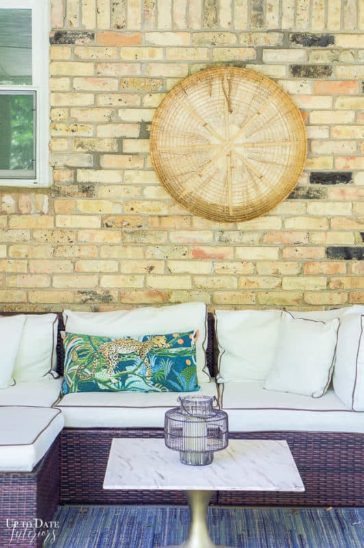 Covered Outdoor Living Spaces 9