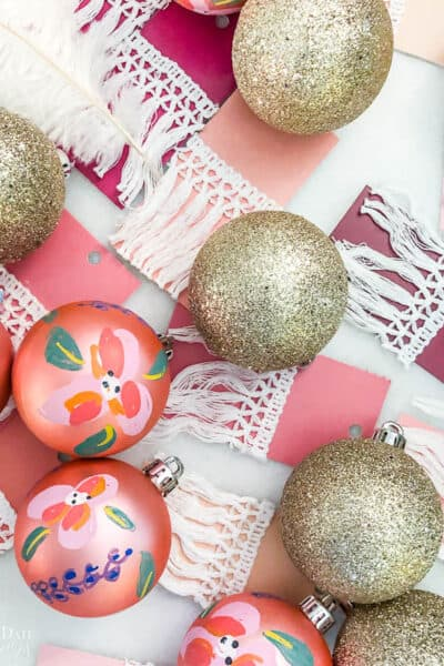 How To Paint Plastic Ornaments Resized Watermark 9