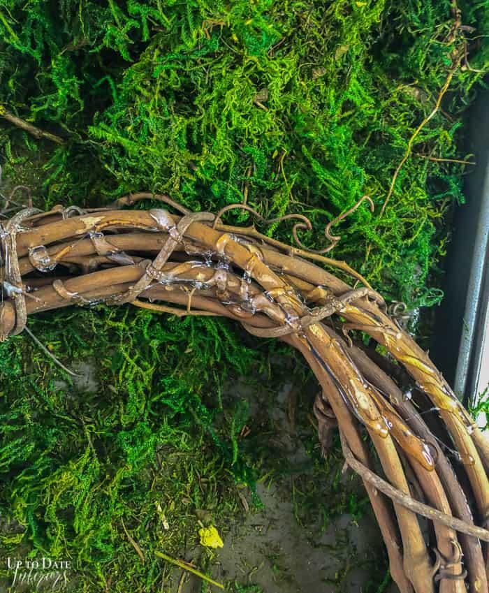 Diy Moss Wreath Steps Resized 2