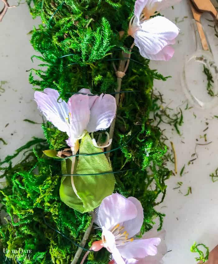 Diy Moss Wreath Steps Resized 5