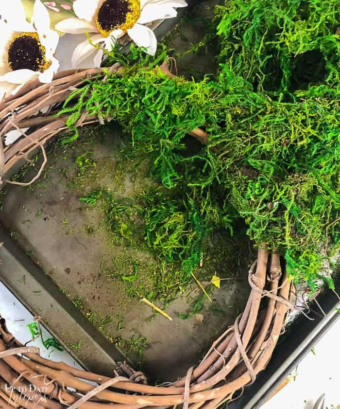Diy Moss Wreath Steps Resized