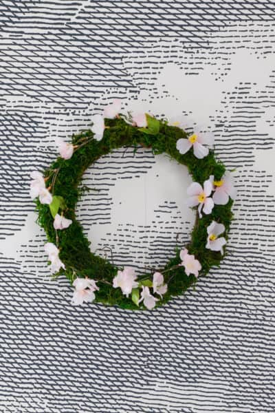 Diy Moss Wreath Watermark Resized Close Up