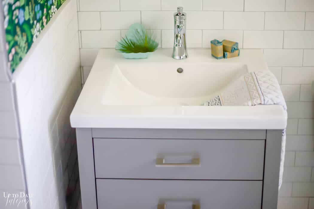 White And Grey Bathroom Watermark 6